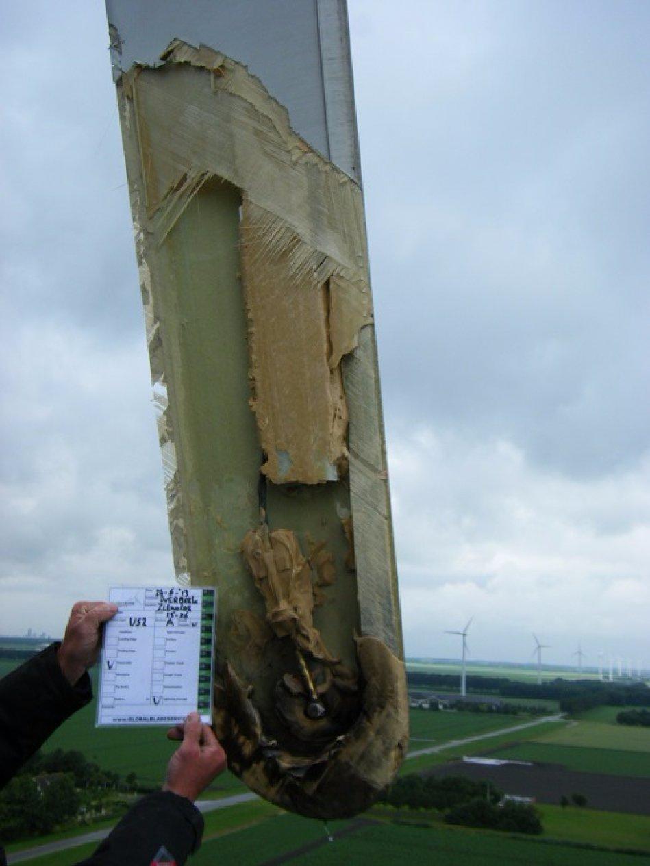 Lightning Damage Blade Service Globalbladeservice